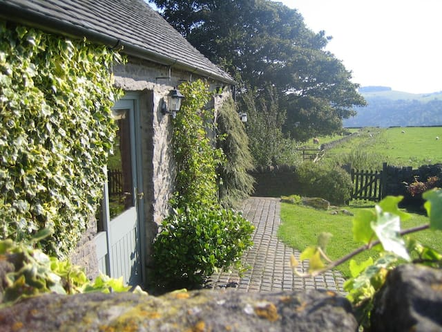 Beechenhill Cottage Self Catering - Ashbourne - 一軒家