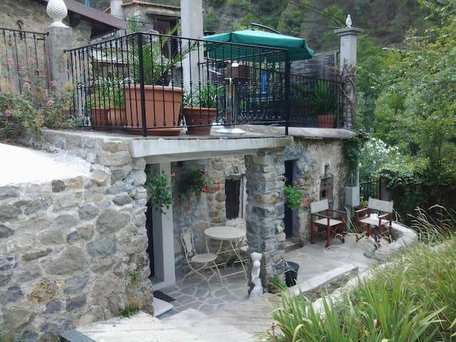 Casa Ciantri - Cava appartment - Olivetta San Michele - Departamento