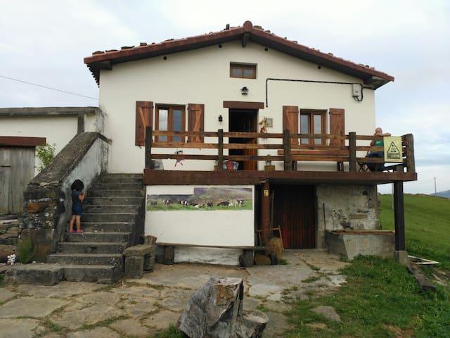 La cabaña de María - Fresnedo