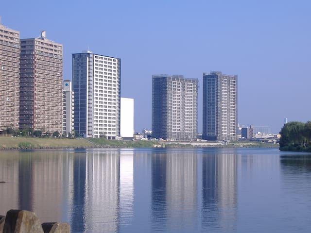 Luxury river view Condo Free Wifi タワーマンション川崎駅徒歩12分 - Saiwai-ku, Kawasaki-shi - Selveierleilighet