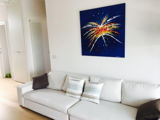 Very nice apartment with swimming pool Gardaland! - Boschetti - Autre