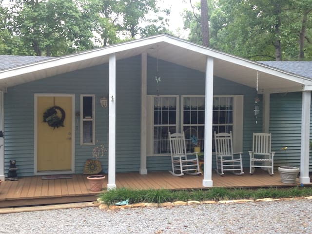 LAKE GASTON WATER FRONT 5 BED HOME - Henrico - Casa