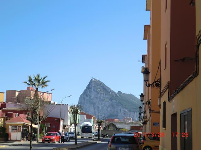 Habitacion cerca de la frontera con Gibraltar. - La Línea de la Concepción - Kongsi masa