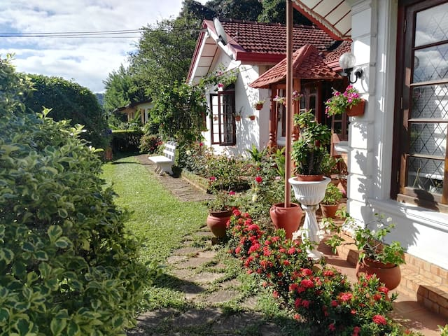 Comfortable Home Stay, new room - Kandy - Dom
