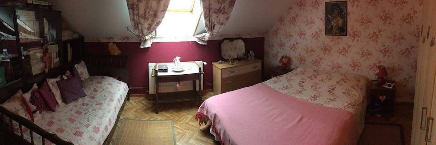 Chambre agréable dans un environnement chaleureux - Saint-Michel - Bed & Breakfast