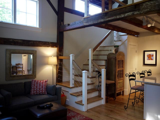 The South End of Our Restored Barn - Bar Harbor - Gästhus