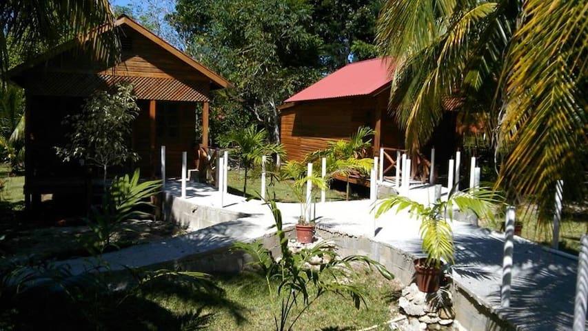 Quinta Halkab Pal cabaña Standar vista a la piscin