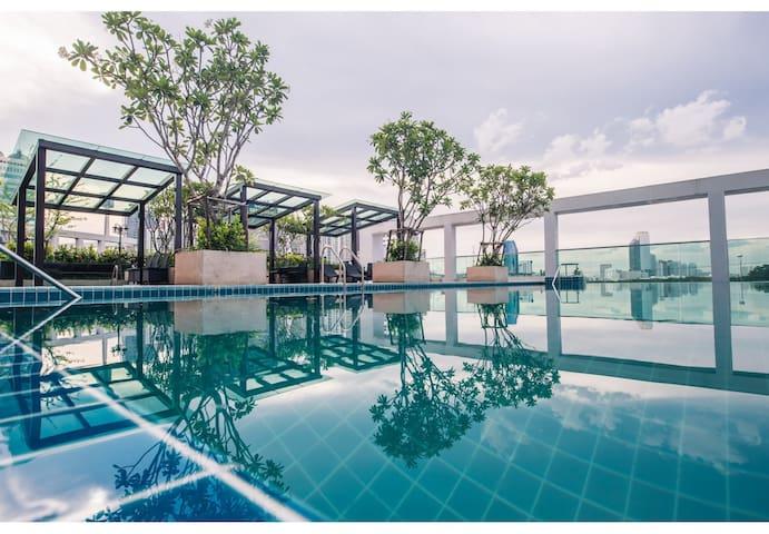 TOPMOST STUDIO 27FL. (T-A397) / WIFI / POOL / GYM - Bangkok - Kondominium