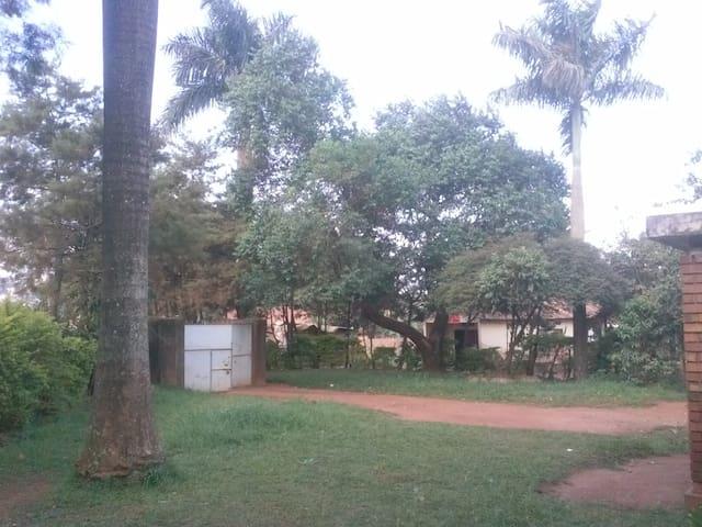 Hospitality at its best . - Kampala - Casa