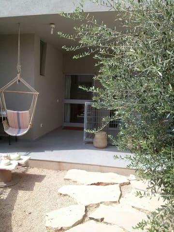Studio apt in the green Sharon area - Kadima Tzoran