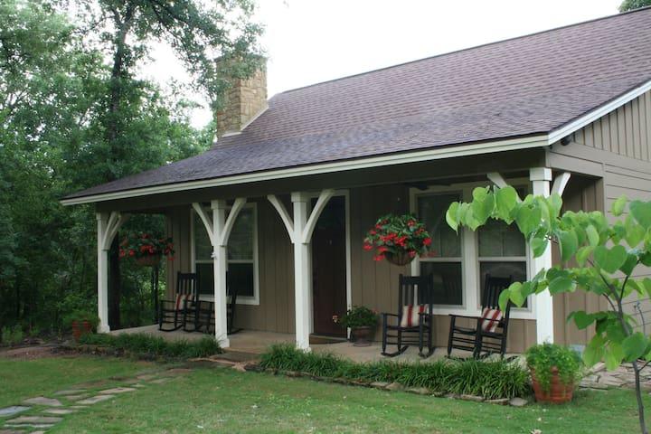 Spring Creek Ranch-Texas A&M-Private Cabin - Bryan - Casa de campo