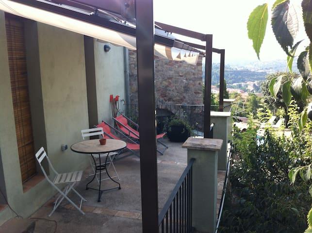 Charming cottage for 2 peop. at 1 h from Barcelona - Castellbell i el Vilar - Lyxvåning