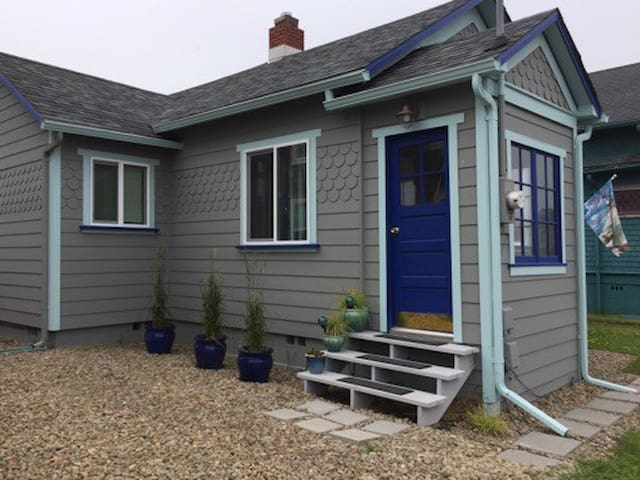 The Cozy Cottage At Nye Beach - Newport - Casa