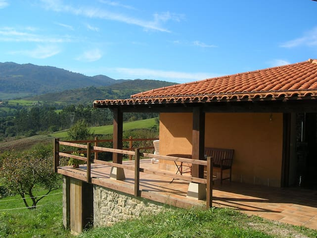 A lovely country and cosy cottage - Saja and Nansa valleys - Huis