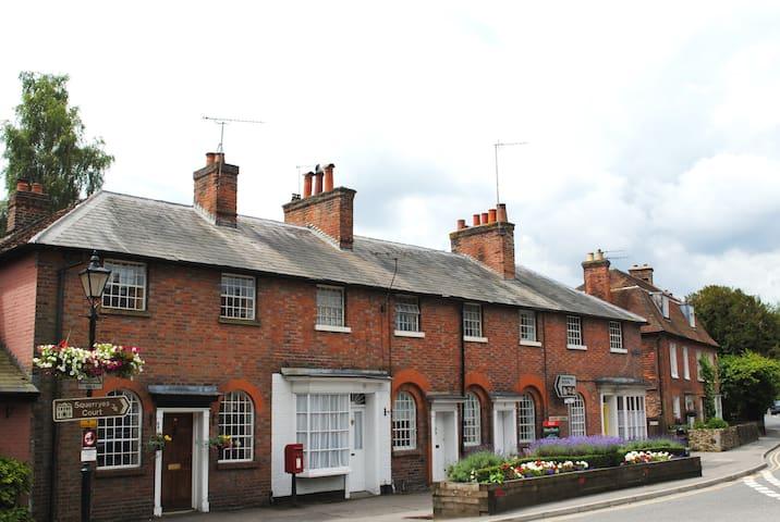 Cosy Cottage In Historic Westerham - Westerham - Дом