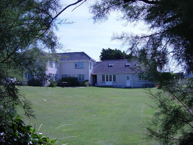 Tamarisk, Garden Cottage Flats - Saint Merryn - Apartamento