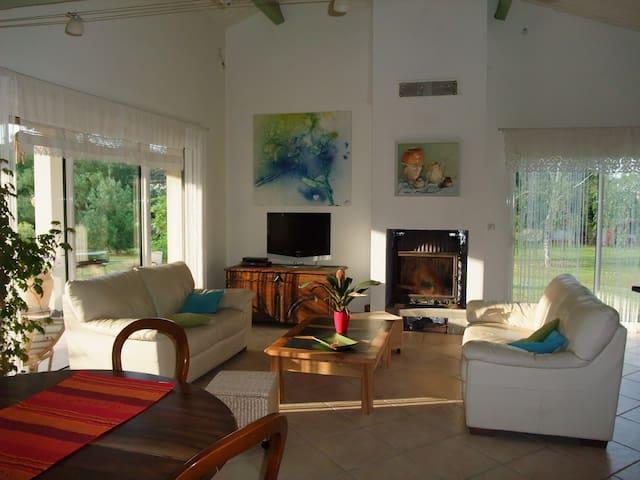maison agréable à la campagne - Bioule - Ev