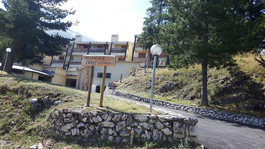 Appartamento 60 mq in Residence a Rocca di Cambio - Cerri - 公寓
