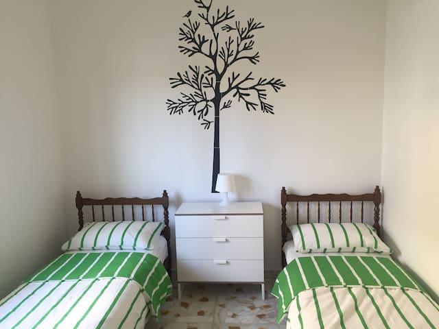 Komfortable 3 Zimmerwohnung - Torregrotta - Daire