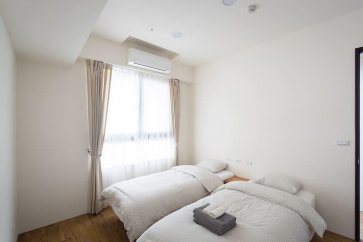 和暖怡居 Cozy x Simple - 兩床房twin room(shared bathroom) - Beitun District - Apartament