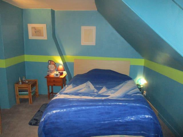 chambre chez l'habitant - Saint-Amand-les-Eaux - Ev
