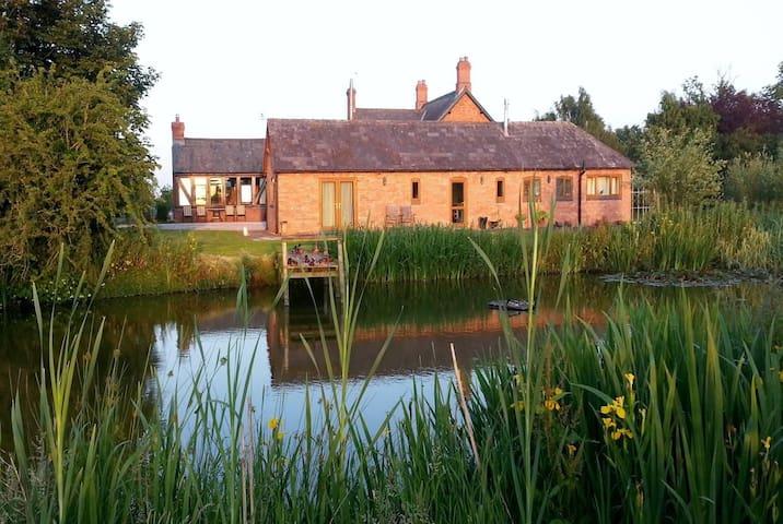 Yew Tree Farm - The Stables - Wrenbury