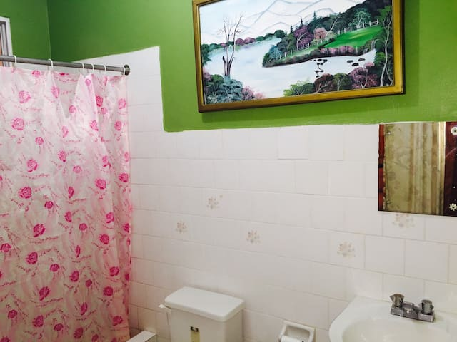 Dunbar Guest House Room 3 - Santa Cruz - Casa