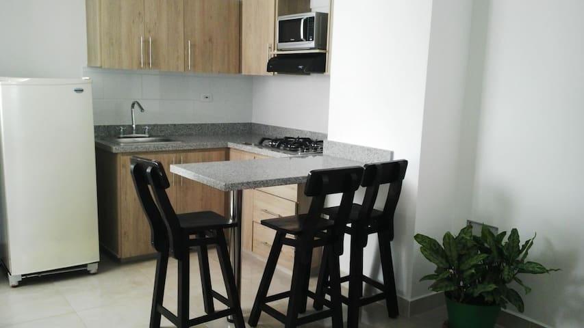 Lindo y cómodo Apartamento en centro de Quimbaya - Quimbaya - Apartamento