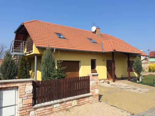 Ubytování v soukromí Mikulov - Mikulov - Maison