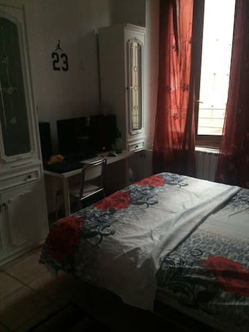 4 bedrooms apartment near station - Meda - Appartement