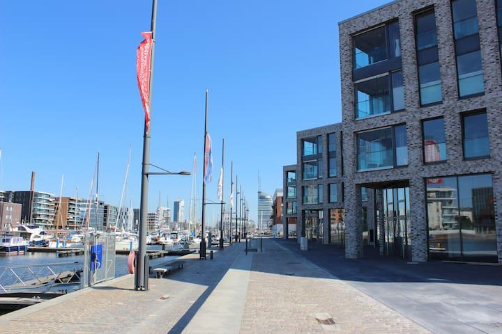 Cozy Apartment with river view - Bremerhaven - Leilighet