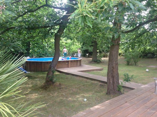 Maison spacieuse à l'orée de forêt - Verneuil-sur-Seine - Ev