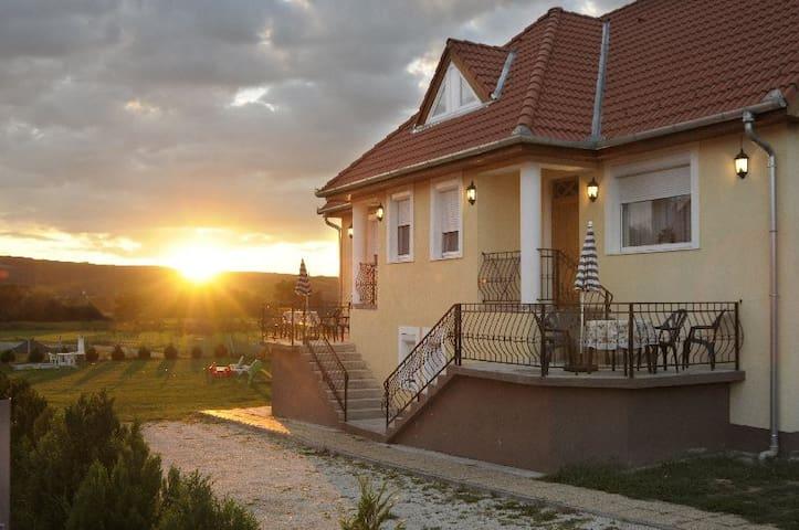 NRS Ferienhaus - Kehidakustány - Casa de férias