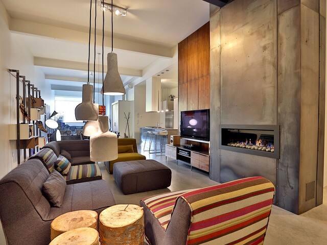 grand loft à aire ouverte 2 chambres petite italie - Montreal - Loft
