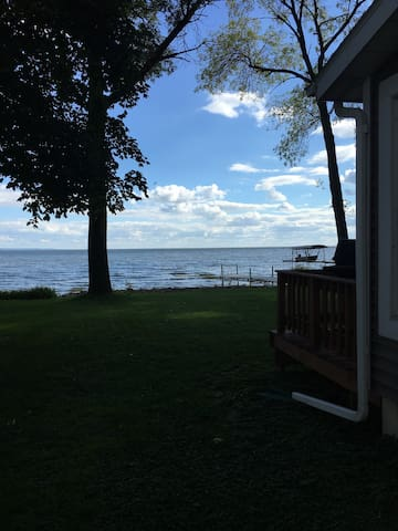 Lake Winnebago Quaint Cottage - Menasha - Maison