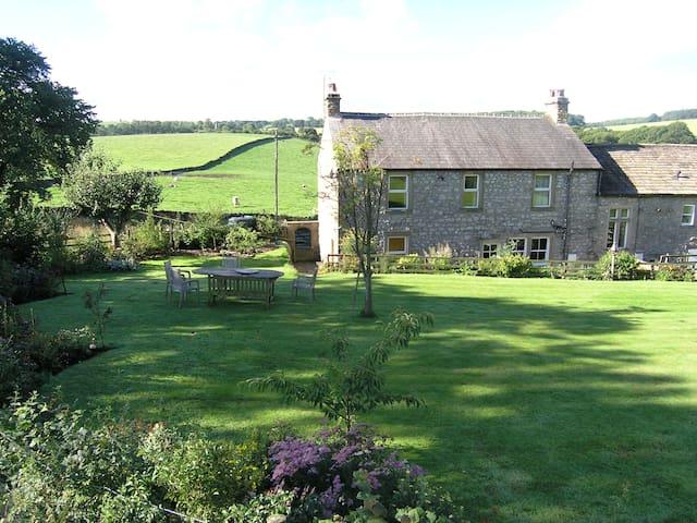 Luxury Farmhouse in Malhamdale - Bell Busk