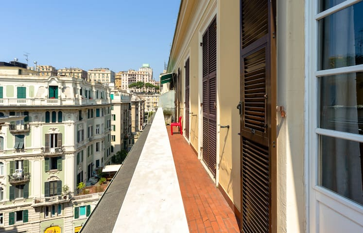 Charming flat downtown Genova city - Génova - Departamento