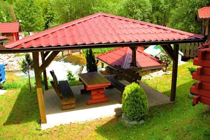 Raj u Raju - Lovely Bungalow for 2 Guests - Idbar - Bungalow