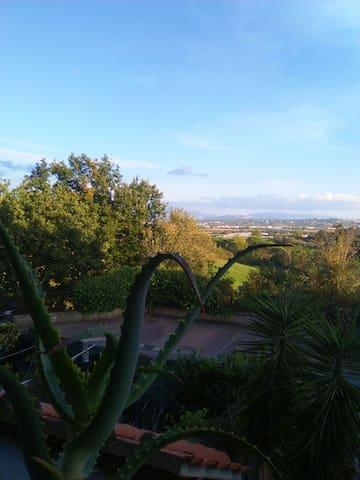 Panoramico a 30 minuti da Roma - Tre Pontoni - Appartement en résidence