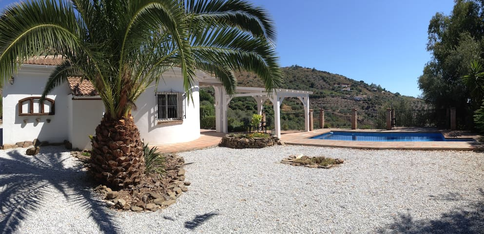 Andalucia, your holiday in the sun - Sayalonga - Rumah