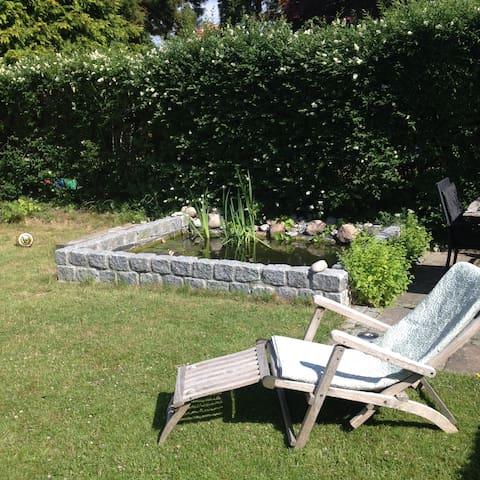 Lyst rækkehus med dejlig have - Søborg - Dom