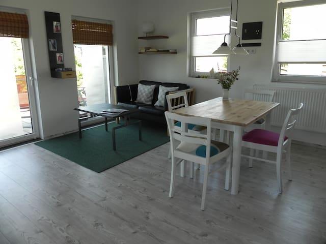 Schöne Whg. mit Terasse u. Garten - Flensburg - Appartement