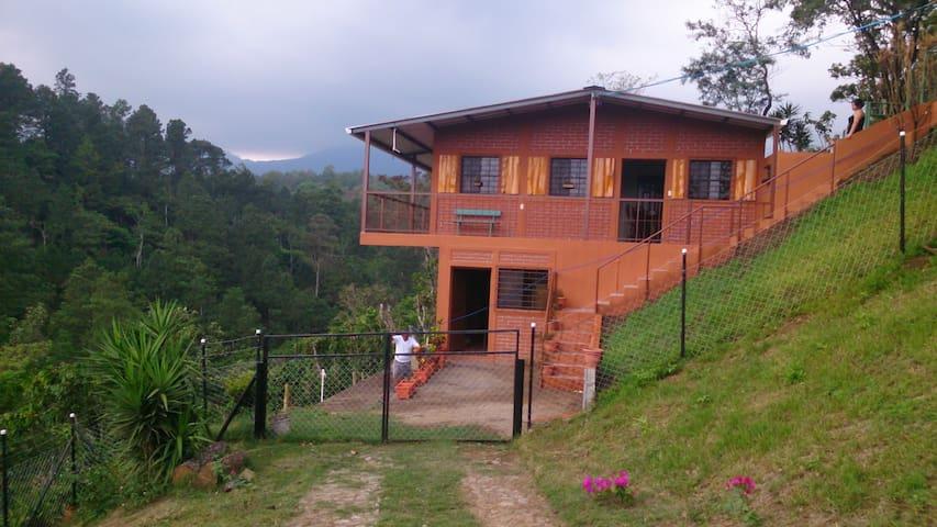Casa completa en la montaña. - Juayua - Tatil evi