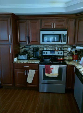Family-Friendly, Comfortable - Willingboro - Casa
