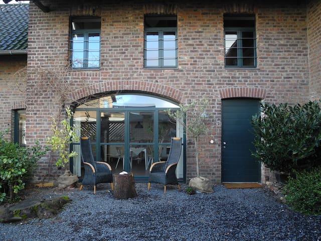 """""""Remise"""", Haus in einer Hofanlage - Rommerskirchen - Loft"""