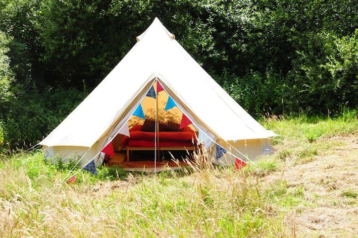 Furnished Bell Tent, Lovely Farm - Exeter - Namiot