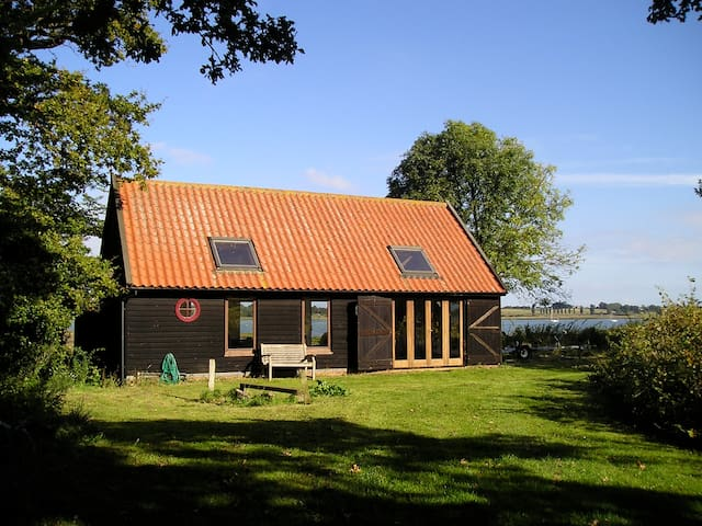 Boathouse by the Orwell River - Shotley - Huis