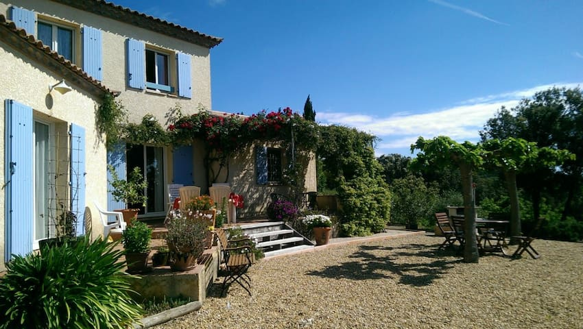 The South of France for nature lovers - Peret