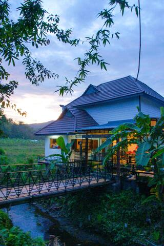 Relive Resort, to live simply. - แม่แตง - Dağ Evi
