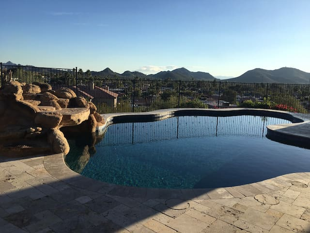 Mountain Side Guest Quarters With Stunning Views - Phoenix - Chambre d'hôtes